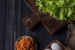 莴苣、红萝卜和鸡蛋2 库存图片
