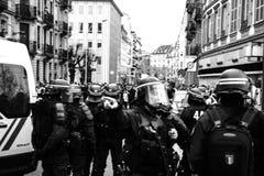 获取区域的Strasburg警察在抗议期间 免版税库存照片