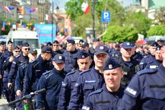 获取波兰民族主义者的示范的警察局 免版税库存照片