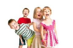获得小组的孩子乐趣,使用,尖叫。 免版税图库摄影