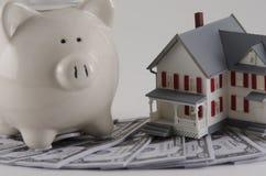 获得房屋贷款 免版税图库摄影
