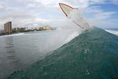 获得海浪的航空 免版税库存照片
