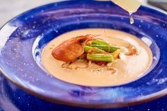菜奶油色汤用小龙虾 免版税库存照片