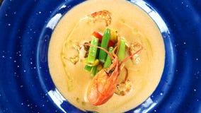 菜奶油色汤,小龙虾尾巴 影视素材