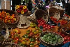 菜室外在市场上 免版税库存照片