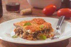 菠菜烤宽面条用蘑菇 库存图片