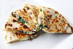 菠菜&蘑菇油炸玉米粉饼 免版税图库摄影