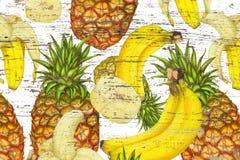 菠萝,在难看的东西纹理的香蕉 免版税库存照片
