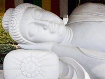 菩萨休眠雕象 库存照片