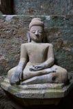 菩萨图象在Mrauk U,缅甸 免版税库存照片