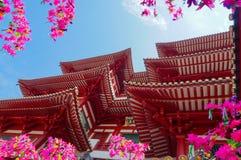 菩萨在瓷镇,新加坡的牙寺庙 库存照片