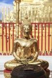 菩萨在Wat Phra那土井素贴 免版税图库摄影