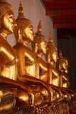 菩萨坐的雕象泰国 免版税库存图片