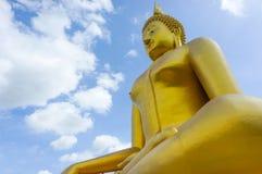 菩萨巨人雕象 免版税图库摄影