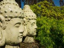 菩萨庭院雕象 库存照片