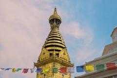 菩萨的智慧眼睛在Swayambhunath Stupa 免版税库存图片
