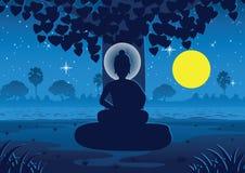 菩萨的阁下在满月夜变得启迪在树下 库存图片