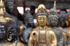 菩萨许多雕象 免版税库存图片