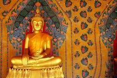 菩萨金黄绘画墙壁 免版税图库摄影