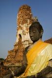 菩萨长袍泰国黄色 免版税库存照片
