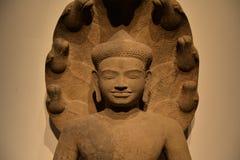 菩萨雕塑,高棉艺术 平静和涅磐 库存图片