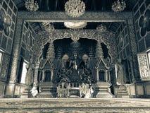 菩萨雕象人对信念表示尊敬在chaingmai,泰国 免版税库存图片