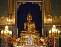 菩萨雕象在Wat Rajabopit,曼谷,泰国 免版税库存图片