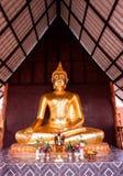 菩萨雕象泰国寺庙 库存图片