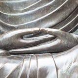 菩萨雕象细节与Dhyana手位置,姿态o的 免版税库存图片
