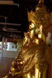 菩萨雕象:在宗教的信念 免版税库存照片