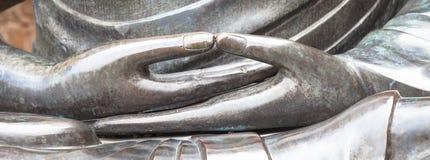 菩萨雕象细节与Dhyana手位置,姿态o的 库存图片