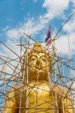 菩萨雕象建设中,泰国。 库存照片