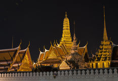 菩萨鲜绿色全部宫殿寺庙 库存图片