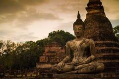 菩萨Sukhothai泰国古老雕象  免版税库存图片