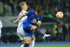 菲尔・积基尔卡射击球、UEFA欧罗巴16在发电机之间的秒腿比赛同盟回合和埃弗顿 库存图片