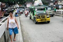 菲律宾人日常生活在宿务市菲律宾 免版税图库摄影