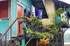 菲律宾渔村的居民的生活 免版税图库摄影