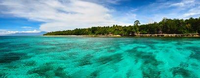 菲律宾的热带海岛的全景 免版税库存图片