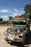 菲律宾jeepney palawan公共交通工具的coron 免版税库存照片