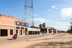 菲拉德尔菲亚,巴拉圭- 2018年7月15日:菲拉德尔菲亚,博克龙省的市中心部门,格兰查科,巴拉圭 德意志mennonite 库存图片