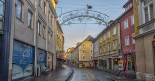 菲拉赫,奥地利,城市的中央部分的街道的 免版税库存图片