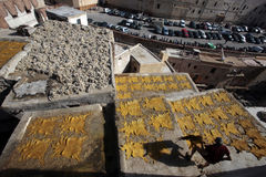 菲斯,摩洛哥皮革厂  免版税库存图片