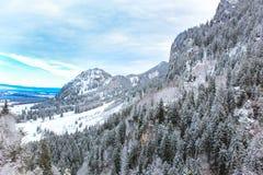 菲森山在冬天 免版税库存图片