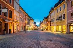 菲森镇在晚上在巴伐利亚,德国 免版税库存图片