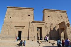 菲莱,古埃及寺庙入口和墙壁  免版税库存照片