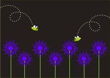 萤火虫和蓝色花 免版税图库摄影