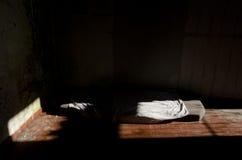 营火和争斗床垫 库存照片