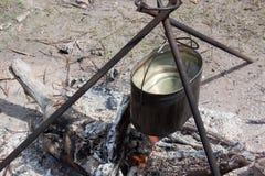 营火食物准备 免版税图库摄影