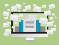 给营销概念和很多信封消息发电子邮件在便携式计算机屏幕 库存图片