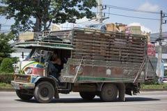萨哈Thip皮带运输老卡车  库存照片